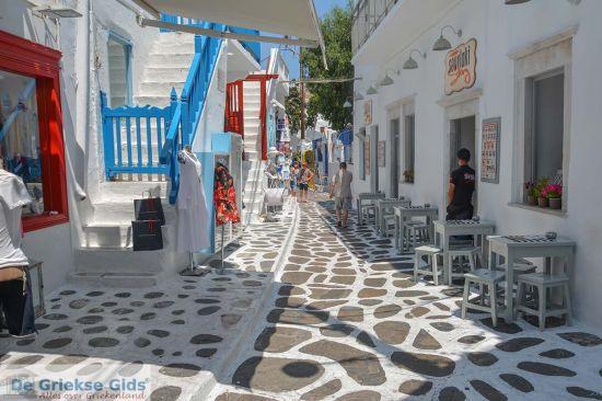 Straatje in Mykonos stad - onderdeel van eilandhoppen Cycladen